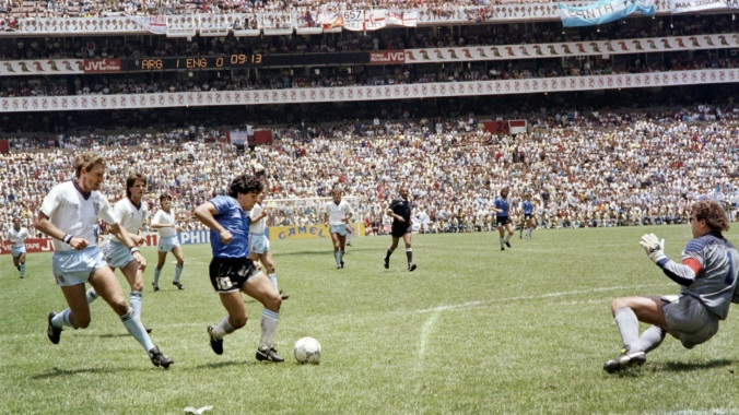 maradona-goal-of-the-century_1d4ekg0ye8kwn1q8sxt8rt9cqf