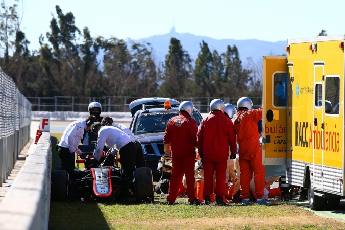 fernando-alonso-undergo-more-tests-after-crash-causes-concussion-20150224-105003-334